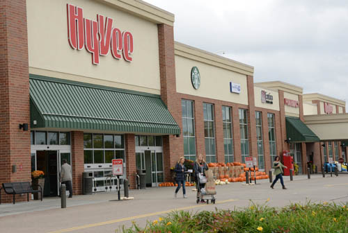 Hyvee is an anchor tenant in the Tartan Crossing development in Oakdale. Livable Communities funds supported redevelopment of a blighted strip mall and creation of nearby senior housing.