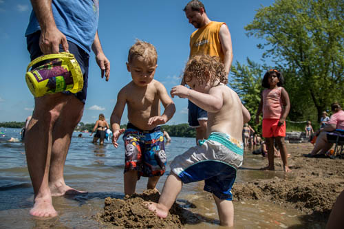 The swimming beach offers children opportunities for creativity and water fun.